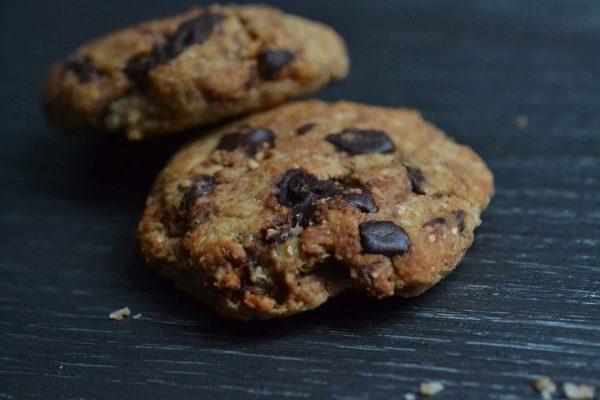 Cookies vegan aux pépites de chocolat   ©Yood (Good food good mood for you)