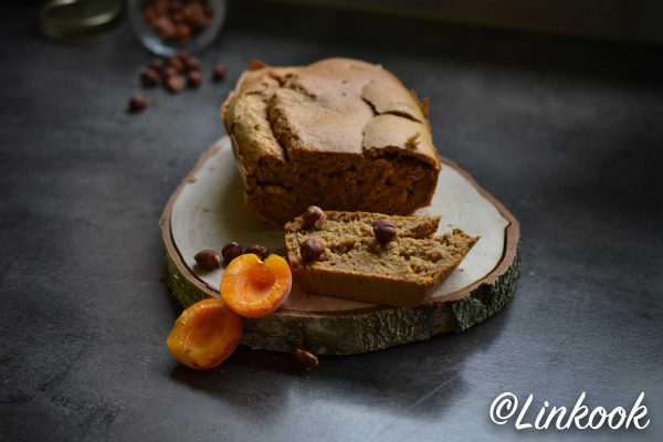 Bread cake abricot & noisettes | ©Yood (Good food good mood for you)