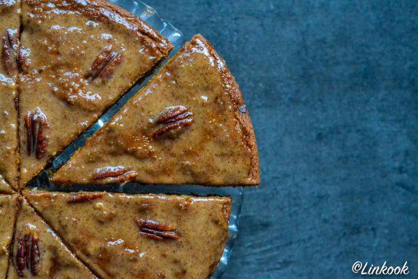 Gâteau gourmand de courge, noix de pécan & pépites de chocolat | ©Yood (Good food good mood for you)