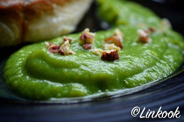Mousseline de brocoli à l huile de noisette | ©Yood (Good food good mood for you)
