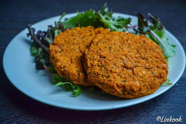 Steack végétalien aux lentilles corail   ©Yood (Good food good mood for you)